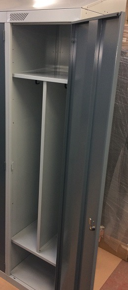 Clean and Dirty Workplace lockers