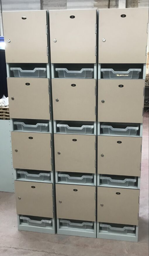 Lockers with Post Trays